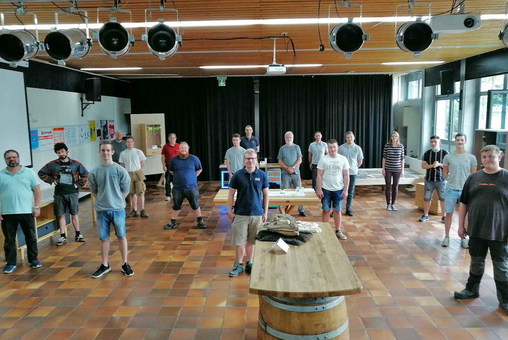 Tischler/innen und Fachpraktiker für Holzverarbeitung erhalten ...